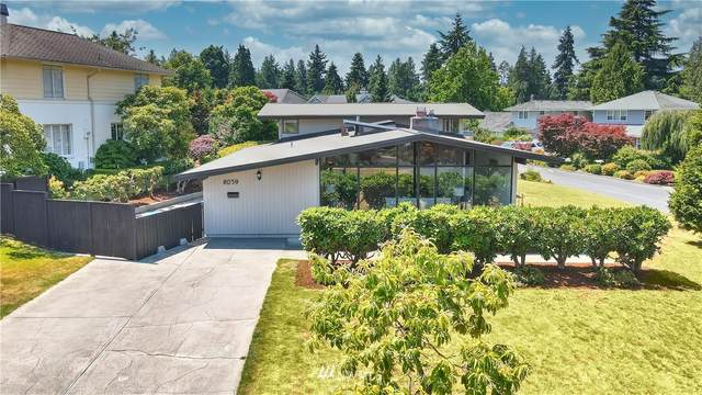 8059 Ridge Drive NE, Seattle, WA 98115 (#1806857) :: The Kendra Todd Group at Keller Williams