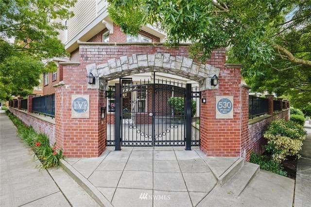 530 4th Avenue W #107, Seattle, WA 98119 (#1806997) :: Keller Williams Realty