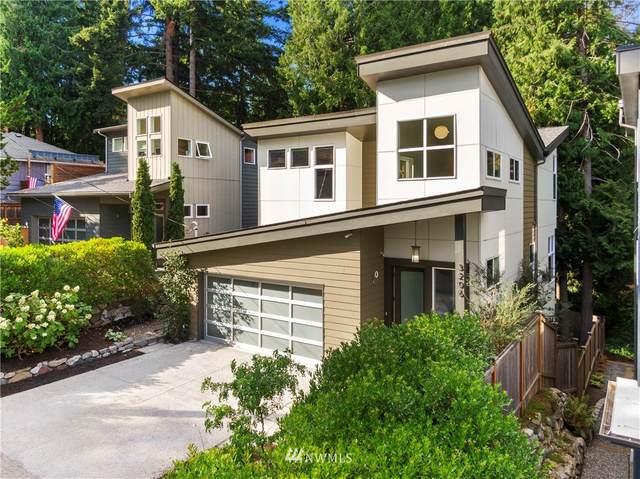 3206 NE 117th Street, Seattle, WA 98125 (#1807236) :: The Kendra Todd Group at Keller Williams