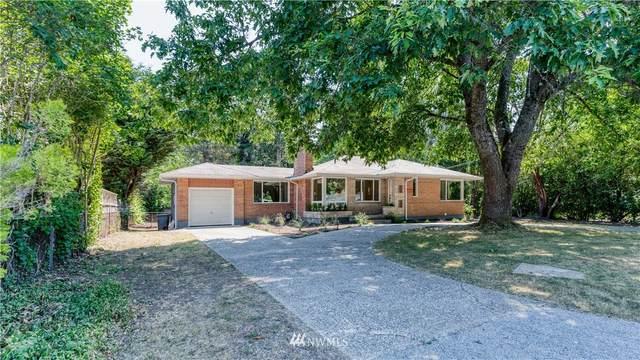16038 30th Avenue NE, Lake Forest Park, WA 98155 (#1808499) :: Stan Giske