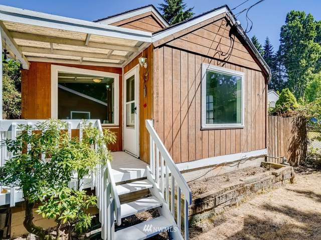 916 Sw 118th St, Seattle, WA 98146 (#1808532) :: Shook Home Group