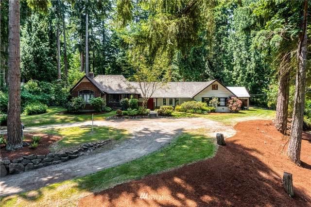 17137 32nd Avenue NE, Lake Forest Park, WA 98155 (#1808554) :: Stan Giske