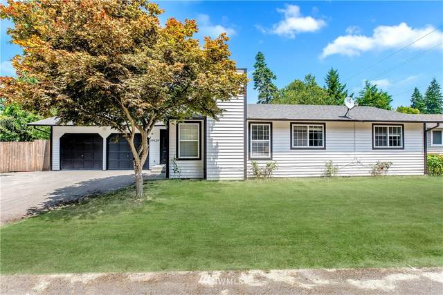 10620 124th Avenue NE, Kirkland, WA 98033 (#1808579) :: Alchemy Real Estate