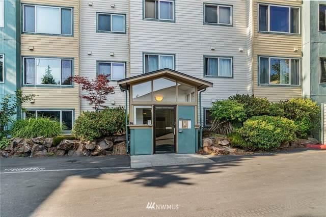 2222 NE 92nd Street #112, Seattle, WA 98115 (#1808581) :: Priority One Realty Inc.