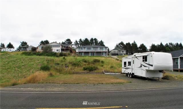 32606 I Street, Ocean Park, WA 98640 (#1808634) :: Shook Home Group