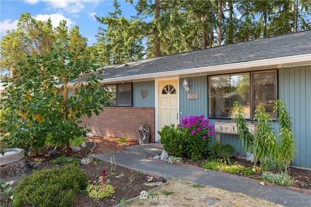 1740 NE 9th Avenue, Oak Harbor, WA 98277 (#1808906) :: Shook Home Group