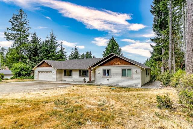 9779 Misery Point Road NW, Seabeck, WA 98380 (#1809096) :: McArdle Team