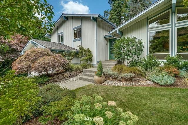 11910 NE 67th Pl, Kirkland, WA 98033 (#1809547) :: Ben Kinney Real Estate Team