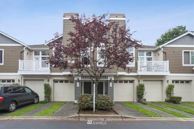 555 Anacortes Court NE #103, Renton, WA 98059 (#1809894) :: Lucas Pinto Real Estate Group