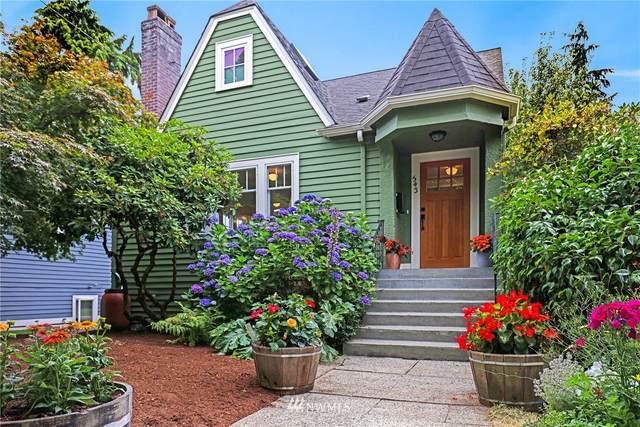 543 N 75th Street, Seattle, WA 98103 (#1810124) :: Alchemy Real Estate