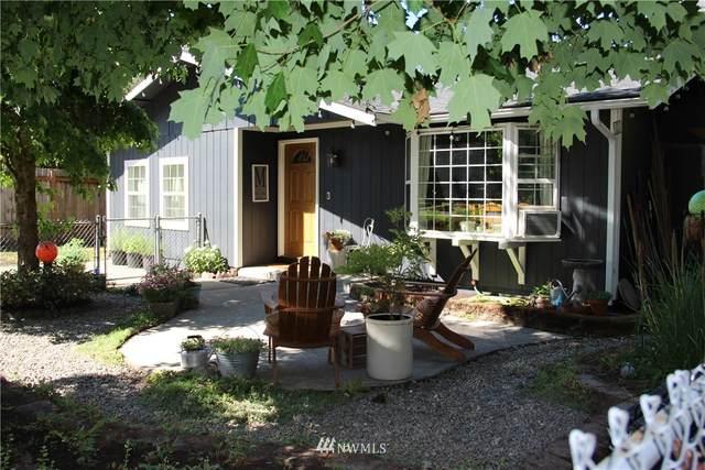 8002 E C Street, Tacoma, WA 98404 (#1810146) :: Stan Giske