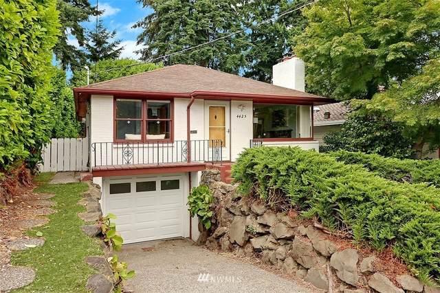4425 29th Avenue W, Seattle, WA 98199 (#1810181) :: Stan Giske
