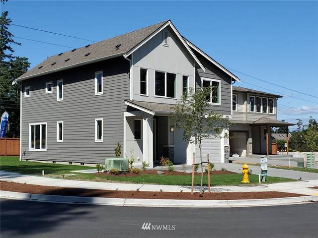 2993 SW Crestwood Drive, Oak Harbor, WA 98277 (#1810302) :: Front Street Realty