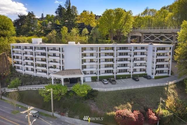 2565 Dexter Avenue N #304, Seattle, WA 98109 (#1810414) :: Urban Seattle Broker
