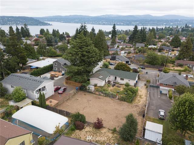 10445 62nd Avenue S, Seattle, WA 98178 (#1810795) :: The Kendra Todd Group at Keller Williams