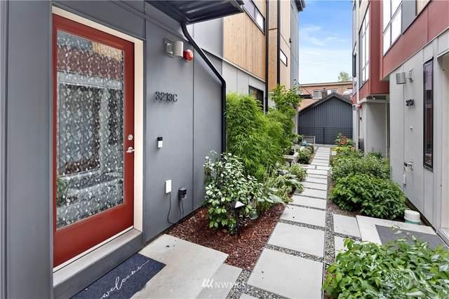 3213 California Avenue SW C, Seattle, WA 98116 (#1810921) :: Lucas Pinto Real Estate Group