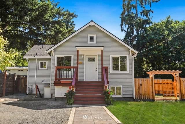 14340 35th Avenue NE, Seattle, WA 98125 (#1811010) :: Keller Williams Realty
