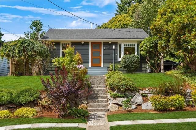 14039 24th Avenue NE, Seattle, WA 98125 (#1811079) :: Alchemy Real Estate
