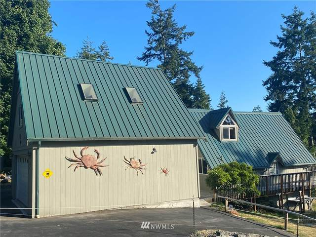 1819 Lake Drive, Camano Island, WA 98282 (#1811351) :: Alchemy Real Estate