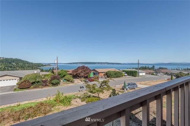 1022 Vista Del Monte Street, Camano Island, WA 98282 (#1811391) :: Keller Williams Western Realty