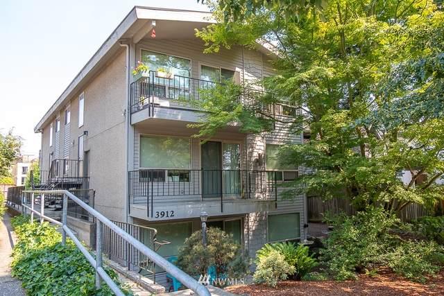 3912 Linden Avenue N, Seattle, WA 98103 (#1811397) :: McAuley Homes