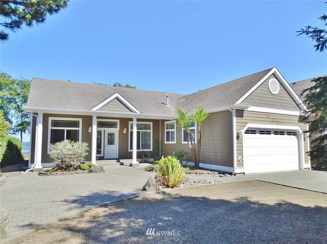 678 Chinook Avenue SE, Ocean Shores, WA 98569 (#1811444) :: Ben Kinney Real Estate Team