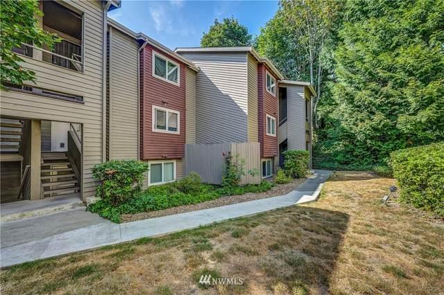 15719 4th Avenue S #13, Burien, WA 98148 (#1811626) :: Urban Seattle Broker