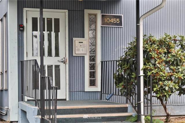 10455 Des Moines Memorial Drive S #N203, Seattle, WA 98168 (#1811777) :: Stan Giske