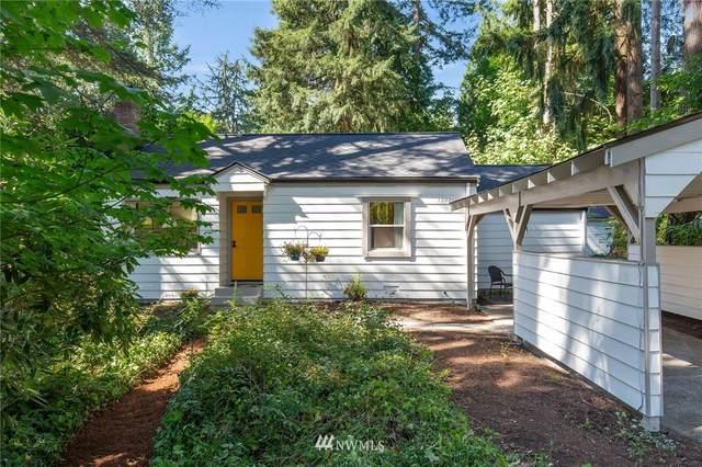 17411 Brookside Boulevard NE, Lake Forest Park, WA 98155 (#1811799) :: Ben Kinney Real Estate Team