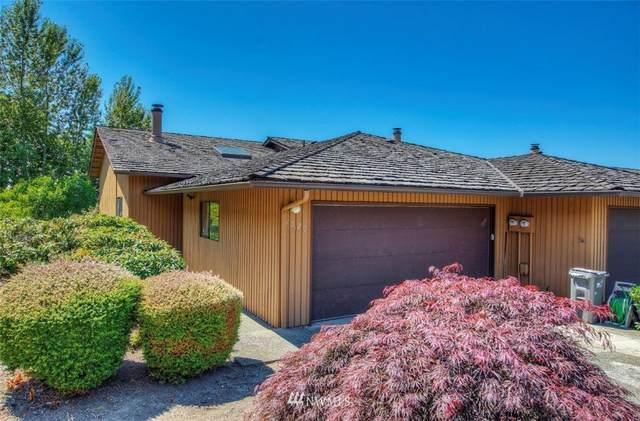 1529 Eagle Ridge Drive S #1, Renton, WA 98055 (#1811933) :: The Kendra Todd Group at Keller Williams