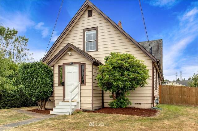 7917 Renton Avenue S, Seattle, WA 98118 (#1811949) :: The Kendra Todd Group at Keller Williams