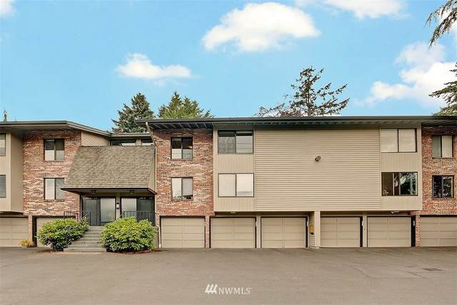 13529 Linden Avenue N A202, Seattle, WA 98133 (#1812016) :: Shook Home Group