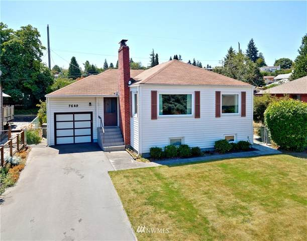 7649 S Lakeridge Drive, Seattle, WA 98178 (#1812066) :: Better Properties Real Estate
