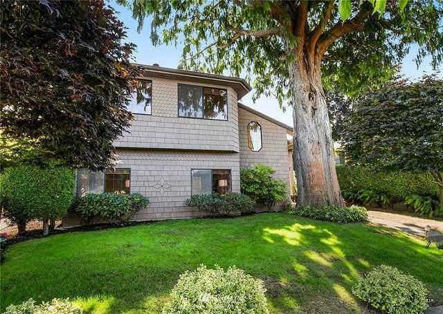 2734 48th Avenue SW, Seattle, WA 98116 (#1812067) :: Lucas Pinto Real Estate Group