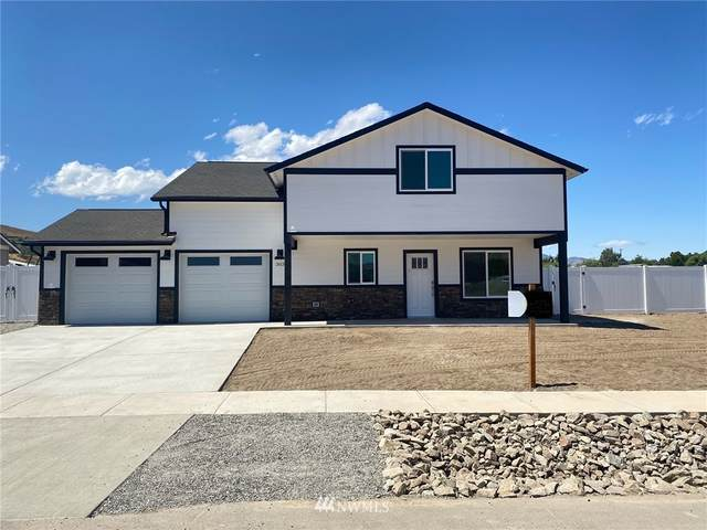 303 Margaux Loop, Malaga, WA 98828 (#1812084) :: Better Properties Real Estate