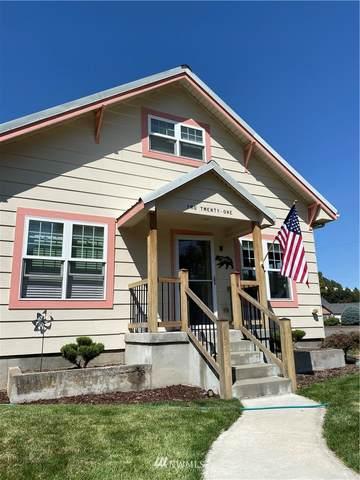 221 E Richmond Avenue, Dayton, WA 99328 (#1812089) :: Stan Giske