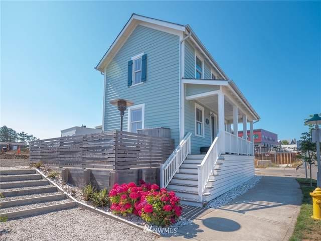 320 Meriweather Street, Pacific Beach, WA 98571 (#1812507) :: Pickett Street Properties