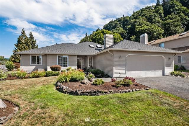 15604 158th Avenue SE, Renton, WA 98058 (#1812604) :: Better Homes and Gardens Real Estate McKenzie Group