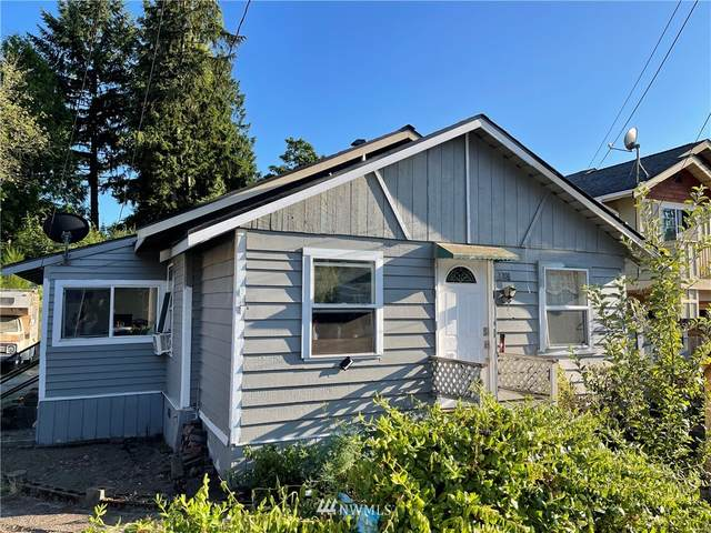 1009 SW 117th St, Seattle, WA 98146 (#1813013) :: The Kendra Todd Group at Keller Williams