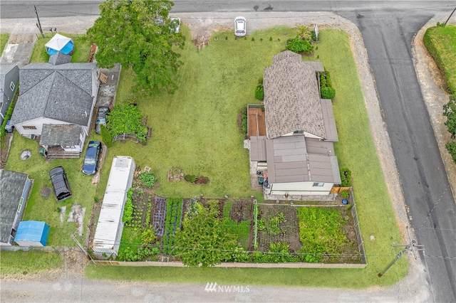 11001 47th Avenue SW, Lakewood, WA 98499 (#1813146) :: Better Properties Lacey