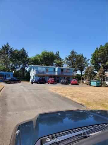 757 Ocean Court NW #20, Ocean Shores, WA 98569 (#1813224) :: Ben Kinney Real Estate Team