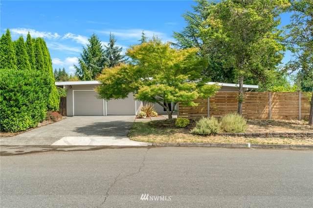 1126 166th Avenue SE, Bellevue, WA 98008 (#1813385) :: Ben Kinney Real Estate Team