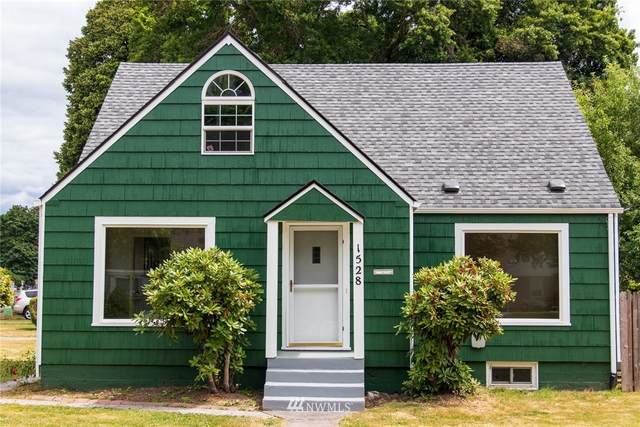 1528 7th Avenue, Longview, WA 98632 (#1813550) :: Shook Home Group