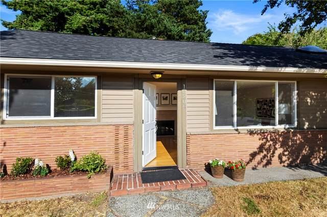 10204 37th Avenue SW, Seattle, WA 98146 (#1813654) :: Keller Williams Realty