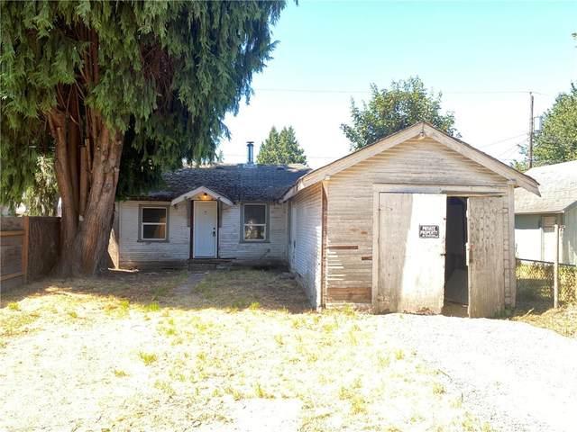 271 24th Avenue, Longview, WA 98632 (#1813663) :: Shook Home Group