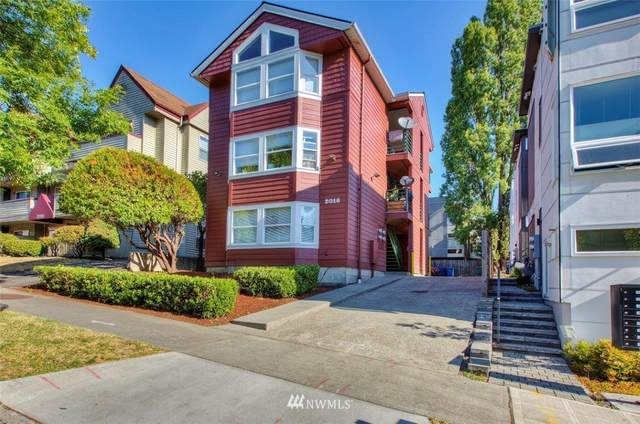 2016 S Main Street, Seattle, WA 98144 (#1813675) :: Lucas Pinto Real Estate Group