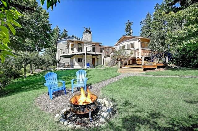 256 Loch Lane, Camano Island, WA 98282 (#1813778) :: Ben Kinney Real Estate Team