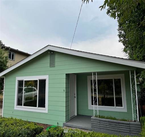 9755 57th Avenue S, Seattle, WA 98118 (#1813914) :: Better Properties Real Estate