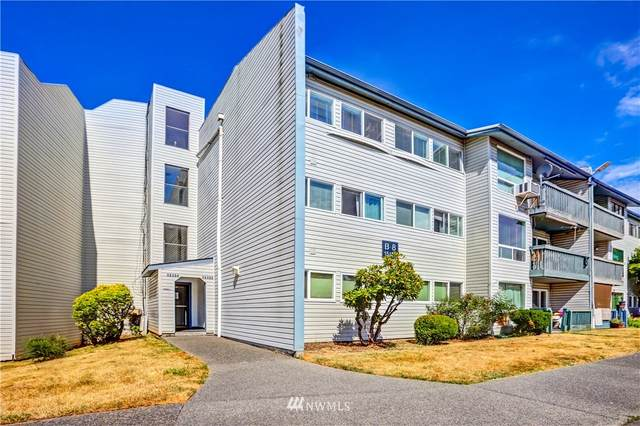 15142 65th Avenue S #408, Tukwila, WA 98188 (#1813926) :: Ben Kinney Real Estate Team