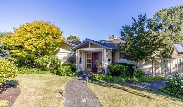 1237 Clay Street, Port Townsend, WA 98368 (MLS #1814035) :: Community Real Estate Group